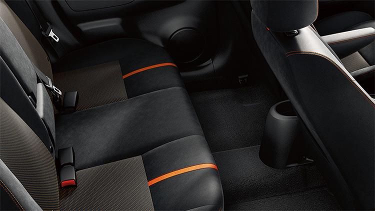 2018-nissan-versa-note-spacious-rear-seats