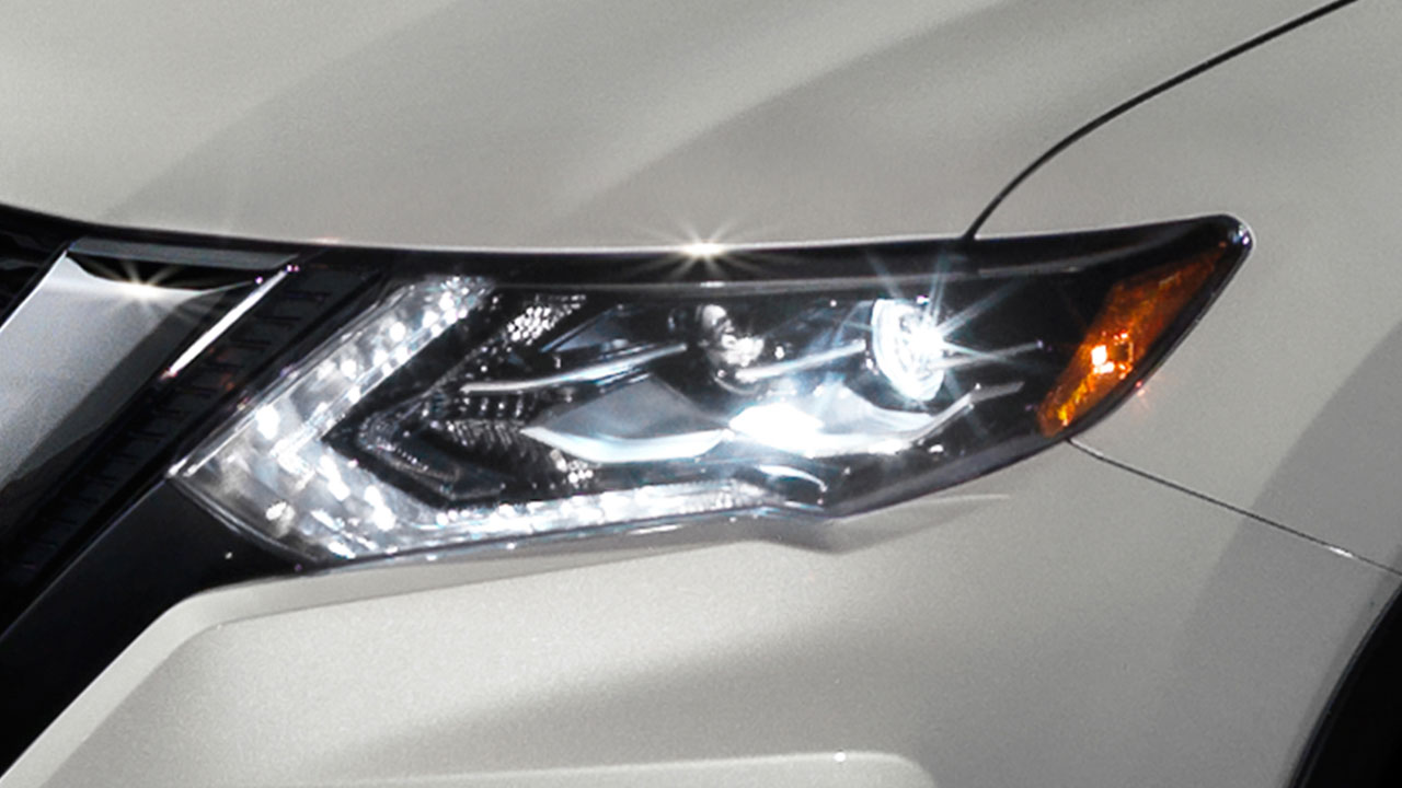 nissan-rogue-led-headlights