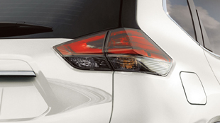 nissan-rogue-led-taillights