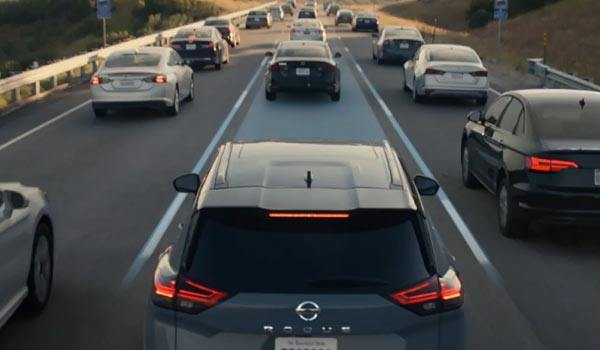 nissan-new-rogue-features-lane-assist